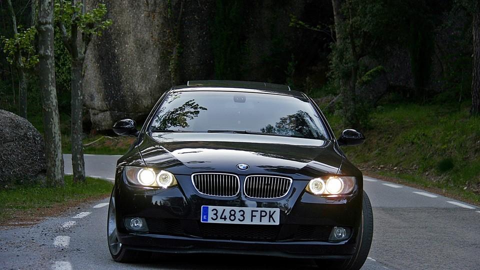 ドイツ車BMWブラック